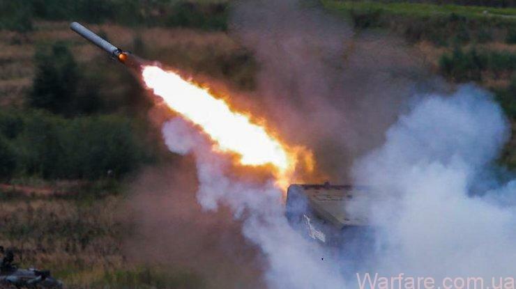 Порошенко назвал количество российской техники на Донбассе Источник: EPA / UPG